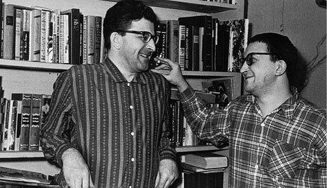 Писатели Аркадий и Борис Стругацкие. (Фото из личного архива М.Н.Беркетовой.) Репродукция Фото ИТАР-ТАСС