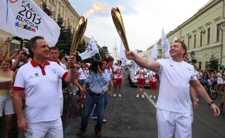 Виталий Мутко /слева/ и Игорь Шувалов. Фото ИТАР-ТАСС