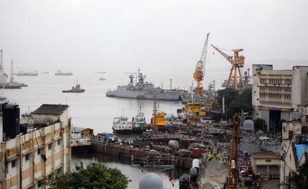Порт в Мумбаи. Фото EPA/ИТАР-ТАСС