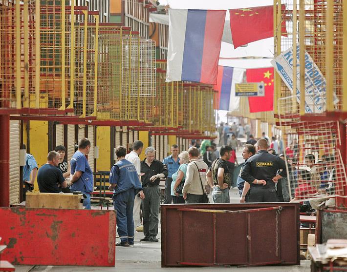 """Торговый центр """"Уэстгейт"""" во время операции по освобождению заложников. Фото EPA/DAI KUROKAWA"""