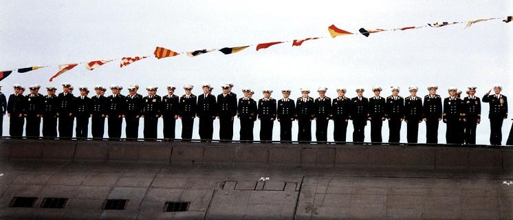 """Экипаж атомной подводной лодки """"Курск"""" перед своим последним погружением"""