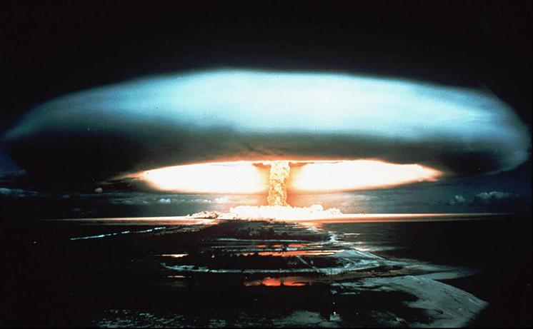 Ядерные испытания на полигоне Муруроа во Французской Полинезии, 1995 год