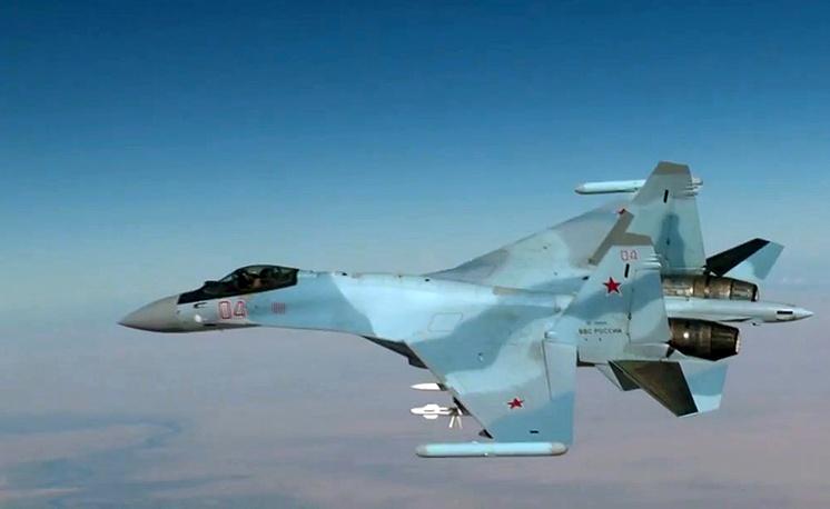 Истребитель Су-35С во время боевого вылета на территории Сирийской Арабской Республики