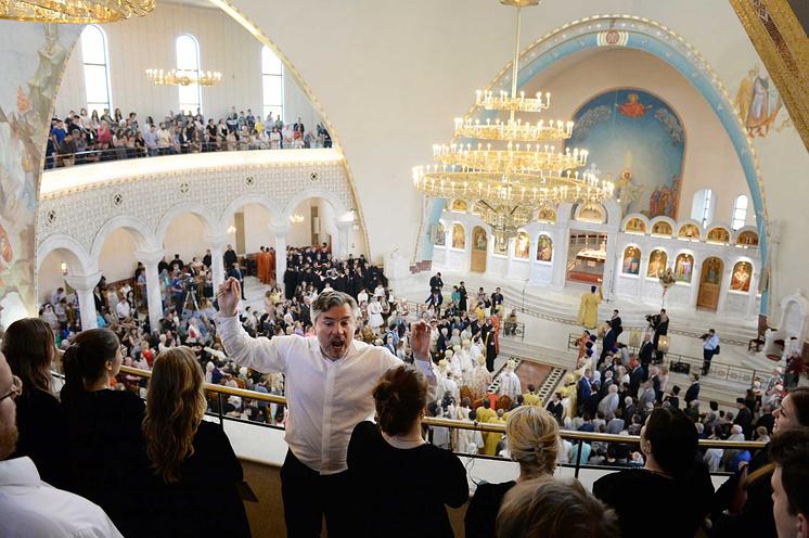 Московский синодальный хор на литургии в кафедральном соборе Тираны